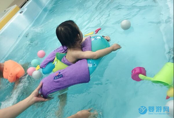 春光无限好,游泳正当时,赶快把宝宝游泳安排上