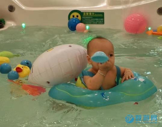 春季遛娃好去处,婴儿游泳馆解锁宝宝成长新姿势