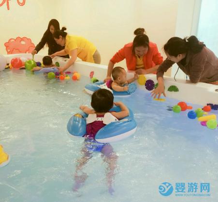 立秋之后,婴幼儿游泳还要不要坚持