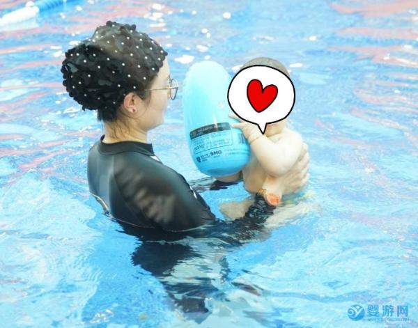对宝宝越重视的家长,就越坚持带宝宝游泳