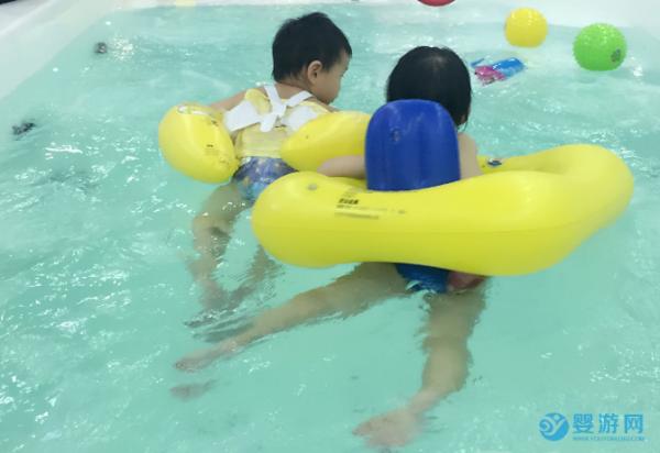 傅园慧和央视郭志坚推荐游泳,理由让人笑死