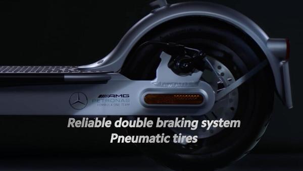 """这辆最便宜的""""梅赛德斯AMG"""",原来是由九号公司研发定制的"""
