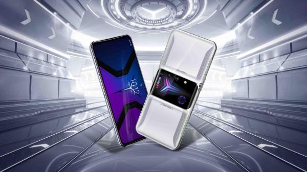 拯救者电竞手机2 Pro发布:创新八指操控,售价3699元起