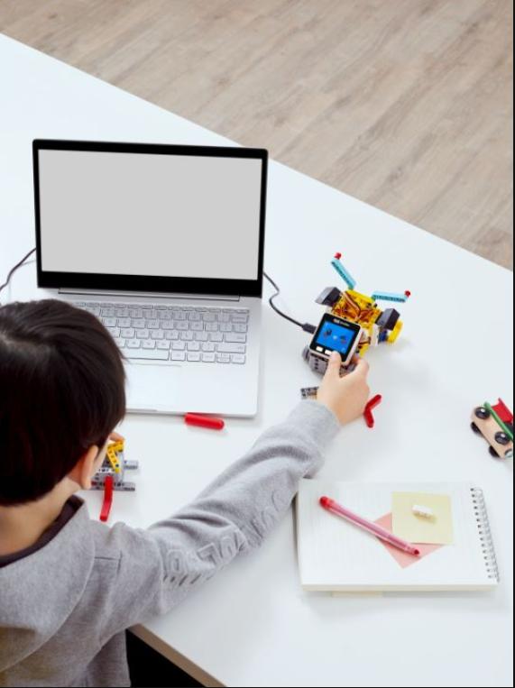 学编程可以这么好玩?网易有道小图灵机器人来了!