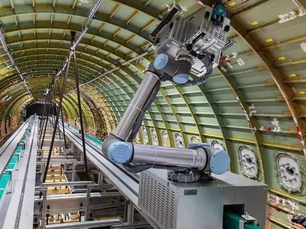 移动助力大飞机制造数字化转型:首个5G航空强度试验项目落地上海