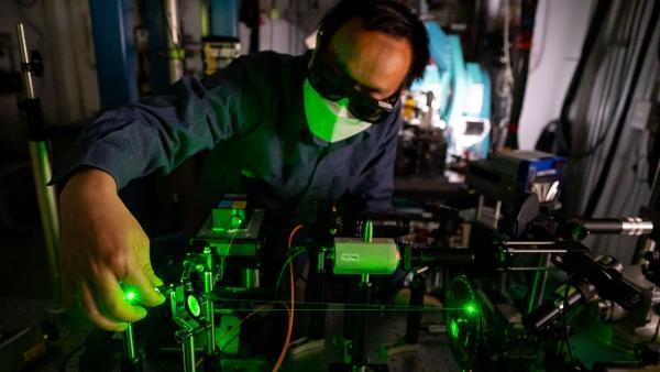 Verizon和苏黎世仪器加入Q-NEXT国家量子科学研究中心