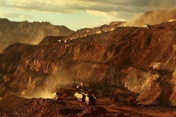 矿床特征、地层构造、选采难点……深度起底亚洲第一大...