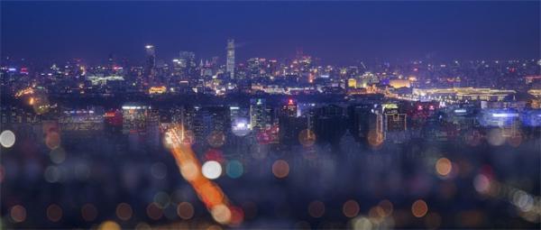 中国流动人口发展报告:总量达2.44亿 未来将形成3个特大都市群