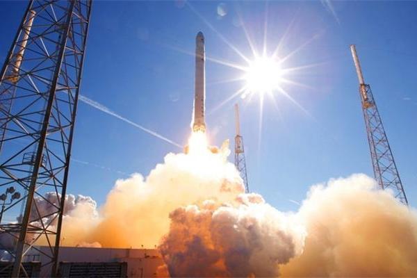 明晚马斯克炸火箭 进行一场价值3.4亿的实验