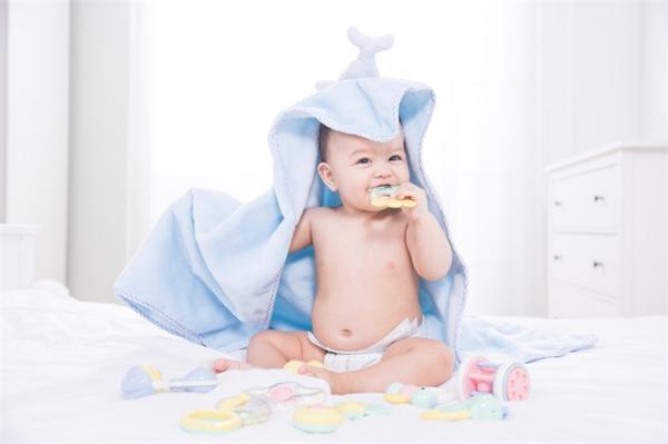 都不愿生孩子?美国出生率创历史新低,新生儿总数跌至35年来最低