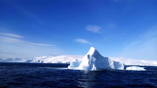 危机!南极洲海底首次发现大量甲烷泄漏,或令全球变暖趋势雪上加霜