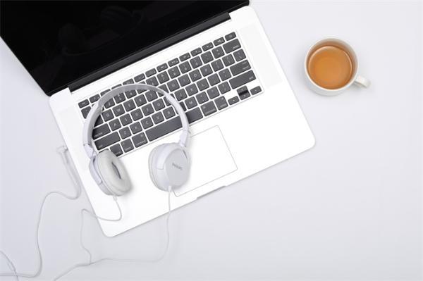 夏普接盘!东芝正式退出笔记本电脑业务,曾制造世界上首台笔记本电脑