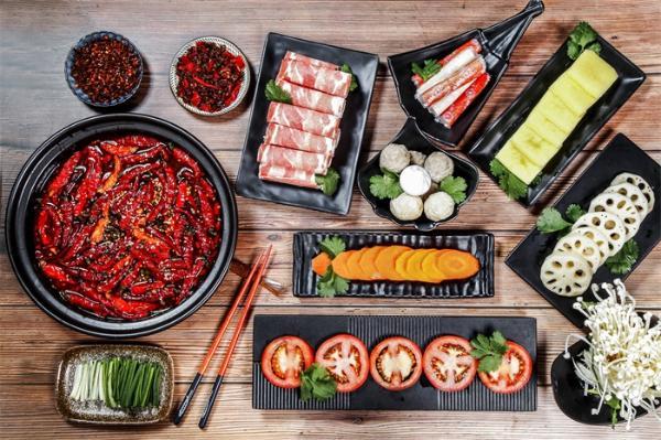 制止餐饮浪费行为!武汉10人进餐先点9人菜,推出半份和小份菜