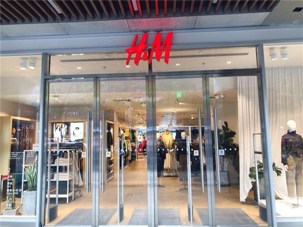 """H&M推出""""Looop""""服装回收系统"""