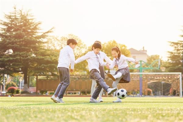 感染率上升!韩国近百所学校停课 公共场所不戴口罩最高罚10万韩元