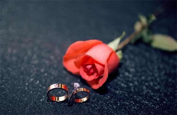 心塞!日本年轻女性不婚恋人数20年增1.5倍 低收入、工作不稳定者占比高