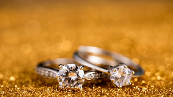 为了帮你求婚,科学家找到制造钻石的新方法,几分钟就够了!