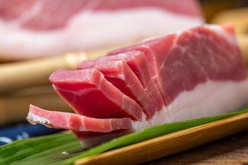 有肉吃!猪肉价格连涨19个月后首次转降 价格跌破十几元一斤