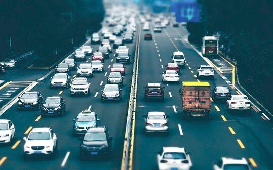 北京居首!超千万人正承受60分钟以上通勤 你上班路上花多长时间?