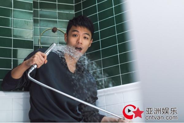王凡为《假如没有遇见你》不拘心得戏里戏外v心得广告设计形象图片