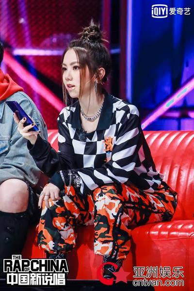 《中国新说唱》迎1V1对决生死战 rapper表示好作品比晋级更重要