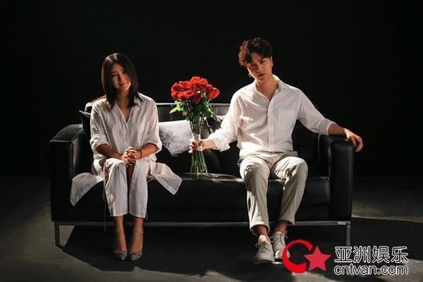 《笨蛋,混蛋》MV上线 陆虎何洁细腻诠释爱情细节