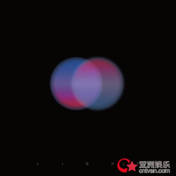 申凯文乘胜追击,新单曲《Light》点燃音乐花火绽放光芒!