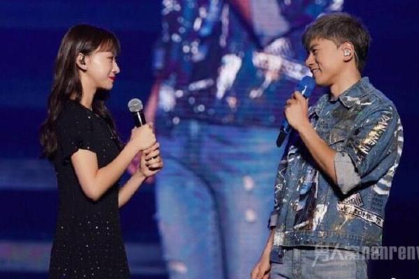 张杰请吴谨言当演唱会嘉宾 谁火和谁玩是要蹭热度吗?
