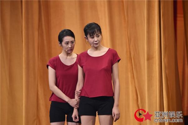 《我就是演员》导师分组赛震撼来袭 谢娜助演《芳华》倾倒全场