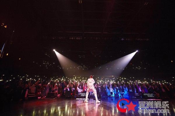 GAI周延北美巡演首站告捷华流说唱燃炸温哥华