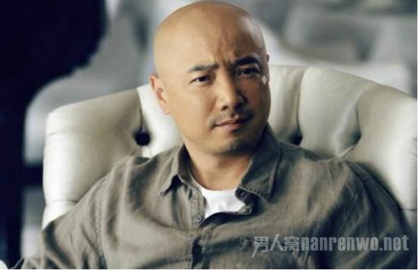 亚博娱乐【点击登录】-徐峥自曝20岁光头甚么环境?缘由暴光使人心疼!