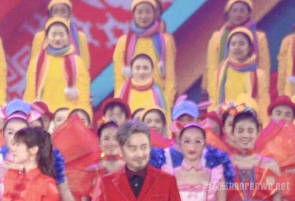 北京卫视春晚录制完毕 吴秀波事出 求熬夜录制人员心情