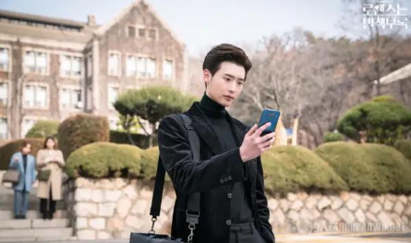 李钟硕将入伍 社会服务要员代替服兵役 粉丝期待回归