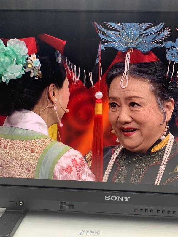童年回忆杀!还珠老佛爷晴儿皇阿玛令妃重聚画面引泪奔 chunji.cn