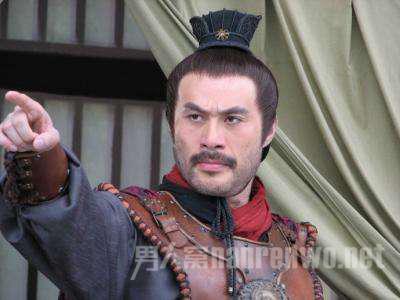 徐锦江人工翻白眼 新版《倚天屠龙记》再遭吐槽