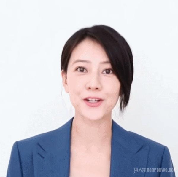 高圆圆宣布怀孕后首露面 新发型超减龄 哪像40岁