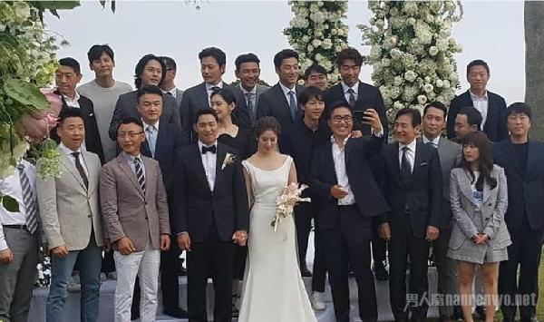 朱镇模婚礼现场曝光 老婆超美 宋仲基张东健到场祝福
