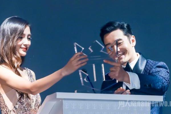黄晓明称我也喜欢baby 亲自回应实力辟谣离婚传闻