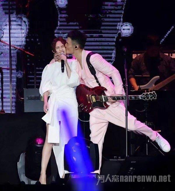 李荣浩杨丞琳领证结婚 网友喊话潘玮柏:你能当伴娘了