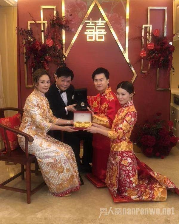 文咏珊结婚 嫁入豪门后中西式婚礼轮番举办 有钱任性
