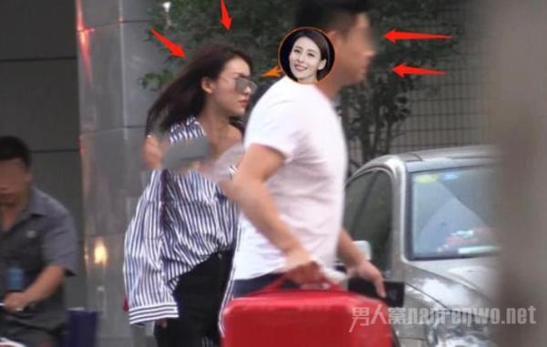 贾青恋情曝光 深夜与神秘男子豪宅约会 共度良宵!