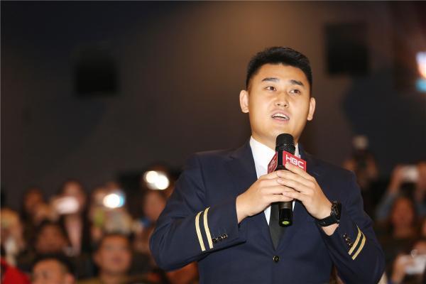 《中国机长》单日票房三连冠 全国路演圆满收官