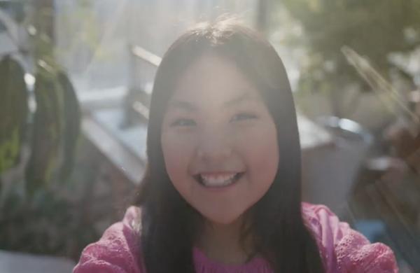 李湘女儿王诗龄近照引争议 10岁的Angela端庄可爱