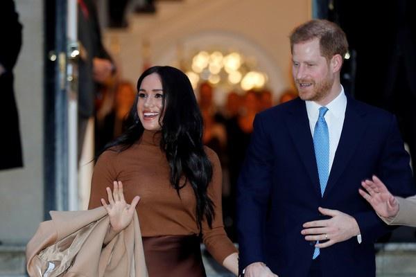梅根谈退出王室背后压力:没人问我过得好吗