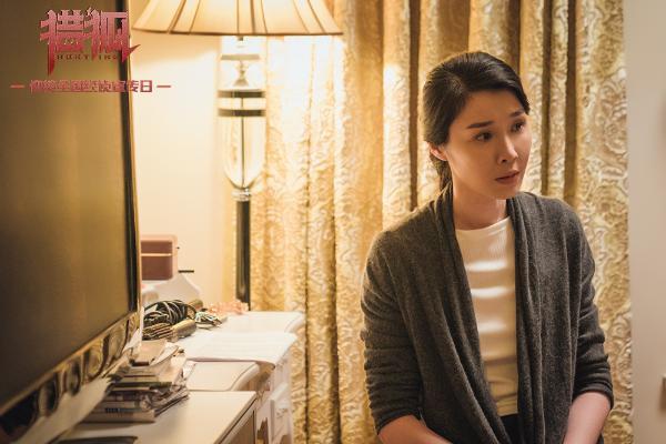 电视剧《猎狐》曝演员特辑 王凯王鸥携众实力派走心演绎人性百态