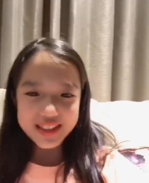 孟佳晒钟丽缇女儿为自己打call视频