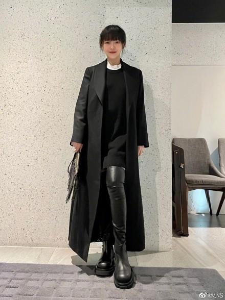 小S问大S穿哪个少女ship ship San打扮时尚 就像少女正式回归一样