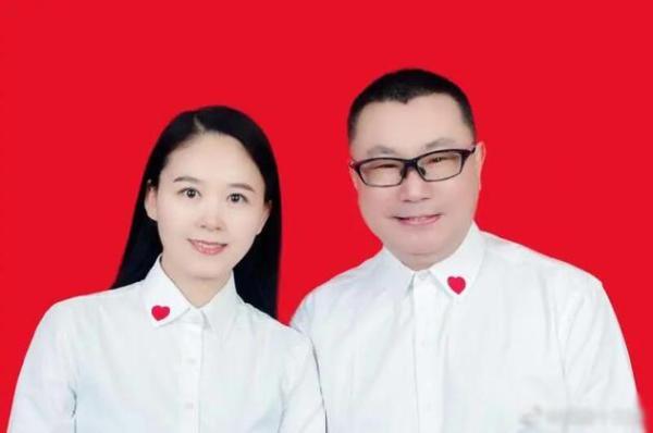 尹民政局登记结婚 由结婚证照片曝光