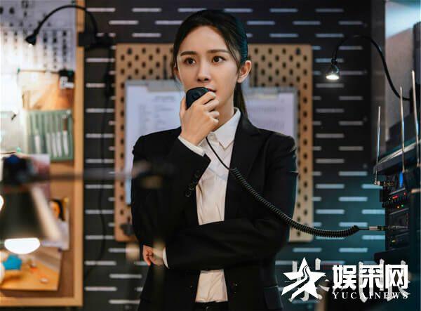 电视剧《暴风眼》杨幂、张彬彬与间谍组织斗智斗勇