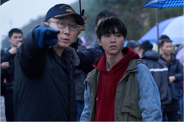 """电影《749局》因疫情受阻 陆川为筹钱积极""""营业"""""""